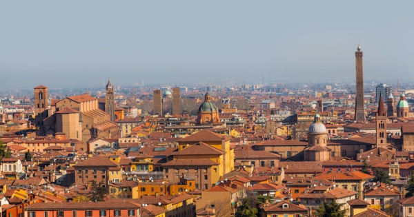 Flights from London to Bologna - G. Marconi