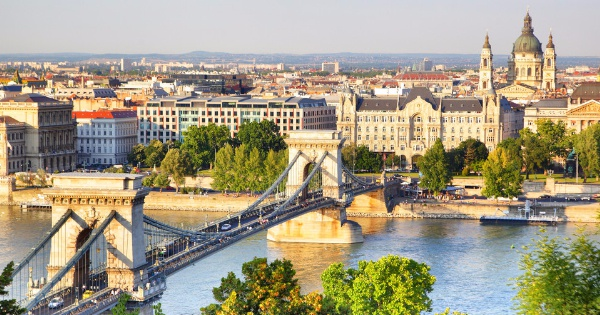 Flights from London - Luton to Budapest - Ferihegy