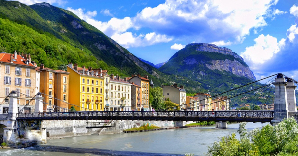 Flights from London - Stansted to Grenoble - Saint Geoirs