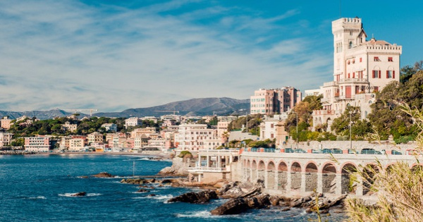 Flights from London - Gatwick to Genoa - Cristoforo Colombo