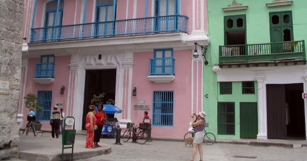 Flights from London to Havana