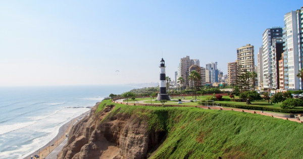 Flights from London to Lima