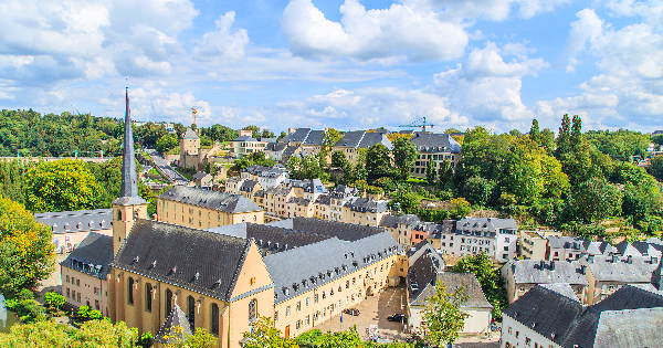 Flights from Edinburgh to Luxembourg