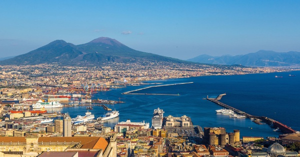 Flights from London - Stansted to Naples - Capodichino