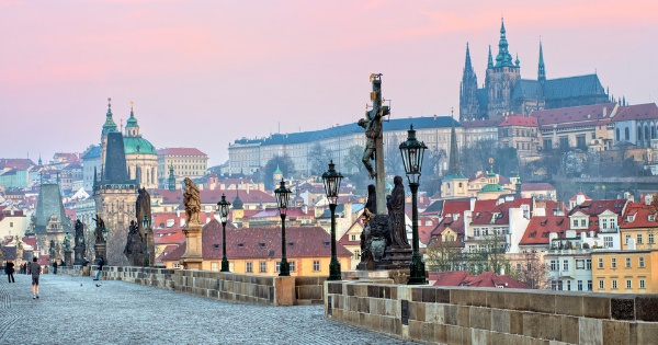 Flights from London to Prague