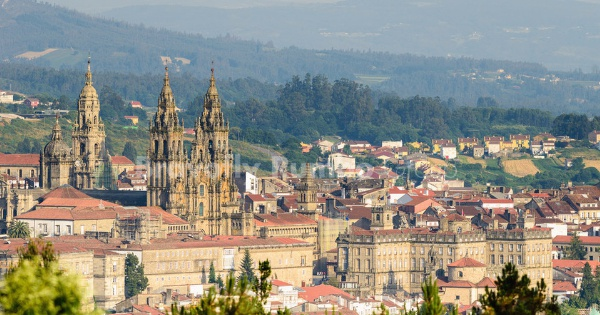 Flights from London - Gatwick to Santiago de Compostela