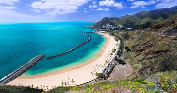 Flights from Vitoria to Tenerife