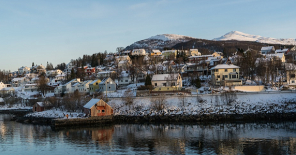 Flights from Porto to Tromso - Langnes