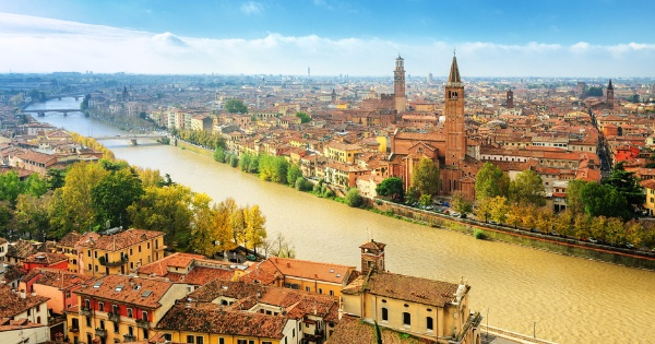 Flights from London to Verona